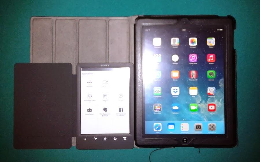 ebook-reader-vs-ipad-tablet-sfumata