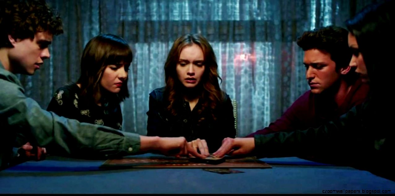 Olivia Cooke in Ouija Movie   Images and Wallpapers