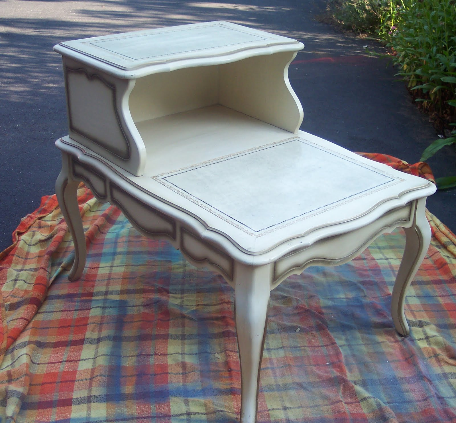 Uniquely Chic Furniture French Mod Podge Fabric Table