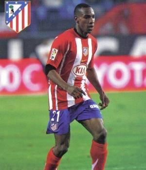 http://3.bp.blogspot.com/-OOOJ_JCdMtc/TbHyXUQm43I/AAAAAAAACi8/W1QH67ZZ2HU/s1600/amaranto_perea_hara_historia_con_el_atletico_de_madrid.jpg
