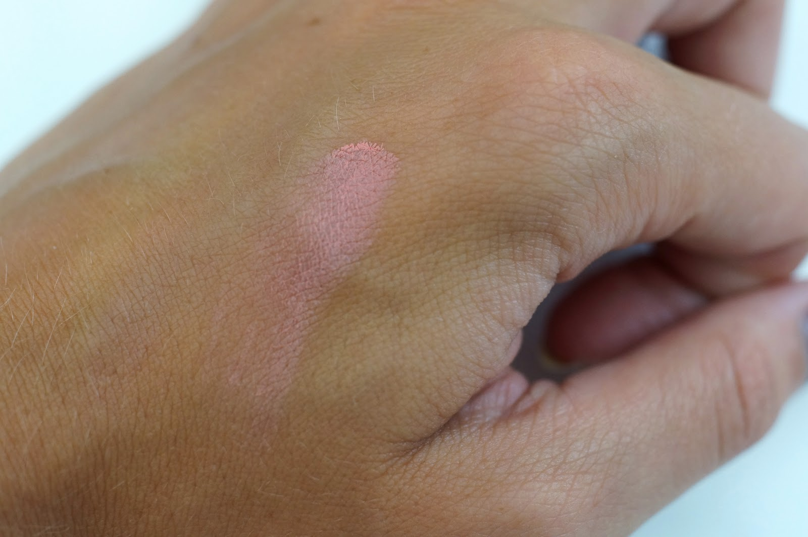 bourjois cream blush 01 swatch