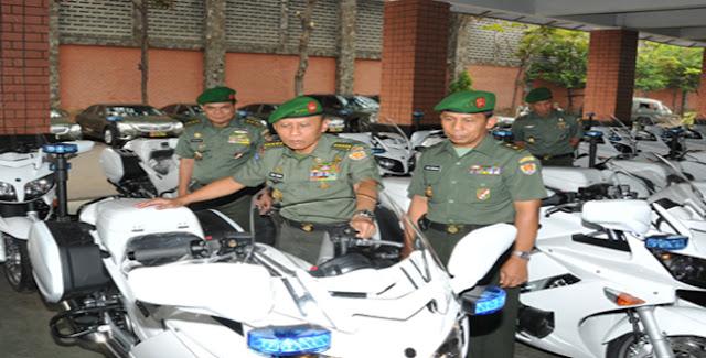 Sepeda Motor Kawal Jenis Yamaha FJR 1300 cc TNI AD