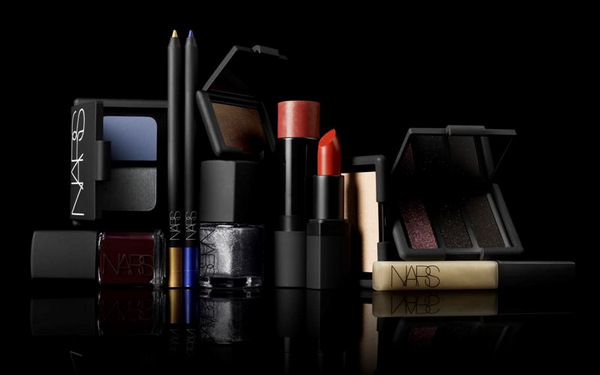 NARS Holiday 2011 Collection Swatches Lipstick Joyous Red Lipgloss Albatross Eyeshadow Duo Mandchourie Arabian Nights Trio Eyeliners Campo de fiori St Marks Place larger than life g spot multiple