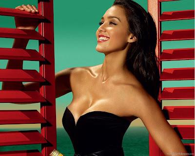 Jessica Alba Hollywood HD Wallpaper