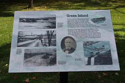 Green Island Plaque