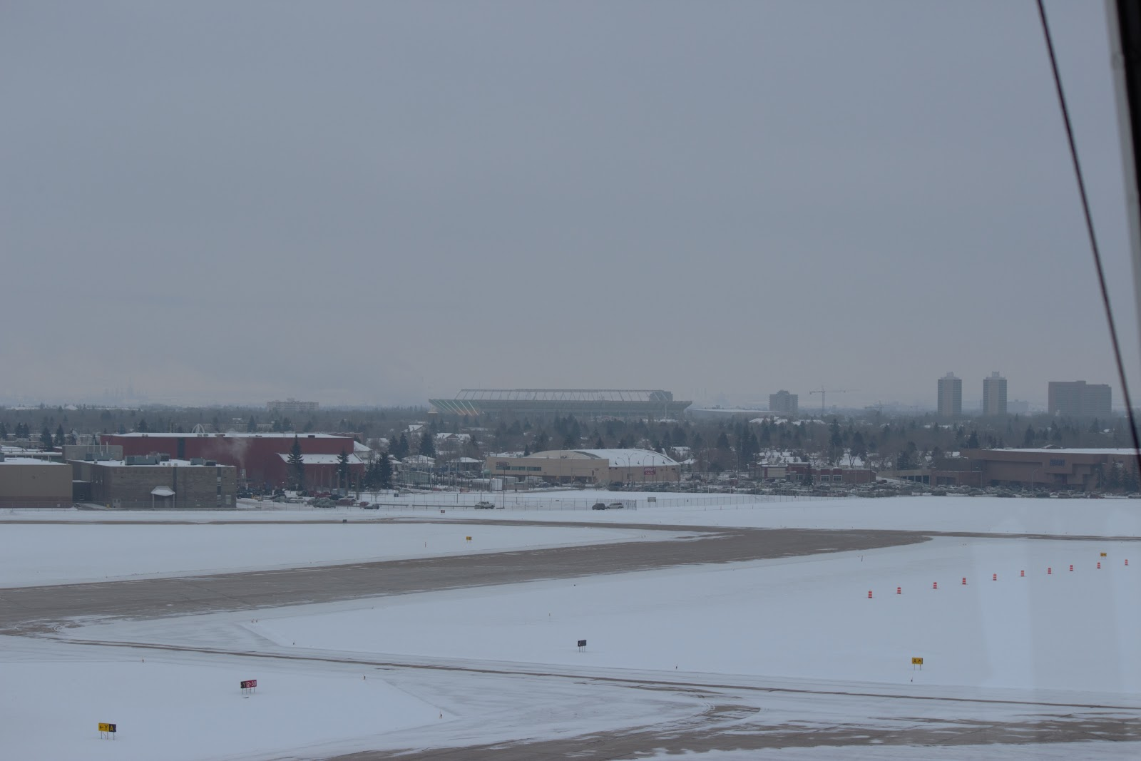 Blue apron edmonton - Commonwealth Stadium Southeast Of Edmonton City Centre Airport Taken From Edmonton City Centre Airport Control Tower R Bernshaw Photo