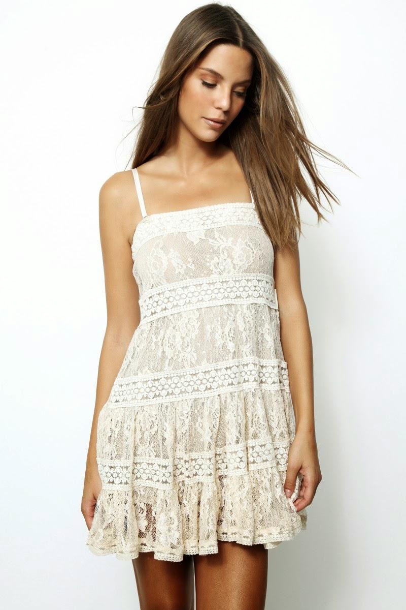 H.Preppy - Vestido branco  de renda