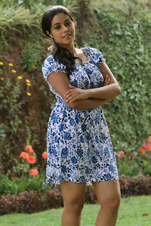 Mallu Girl Poorna posed in various skirts for a Picture shoot