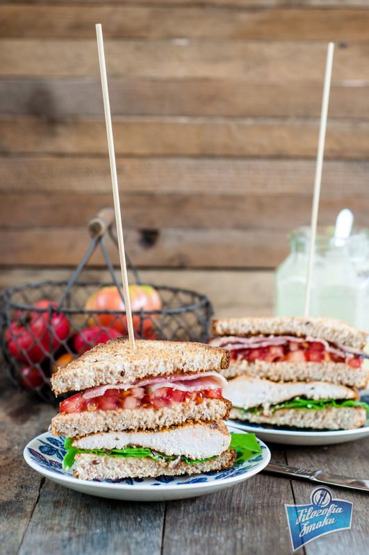 Przepis na kanapkę z kurczakiem i warzywami
