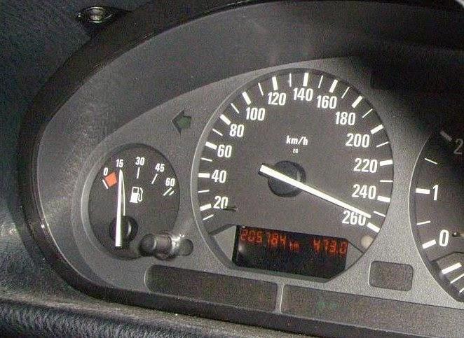 panneaux de limitation de vitesse