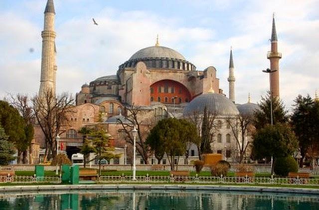 61. Hagia Sophia (Istanbul, Turkey)