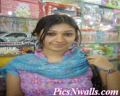 Huniza 20 Years Bangladeshi Girl Looking for Decent Dating Partner