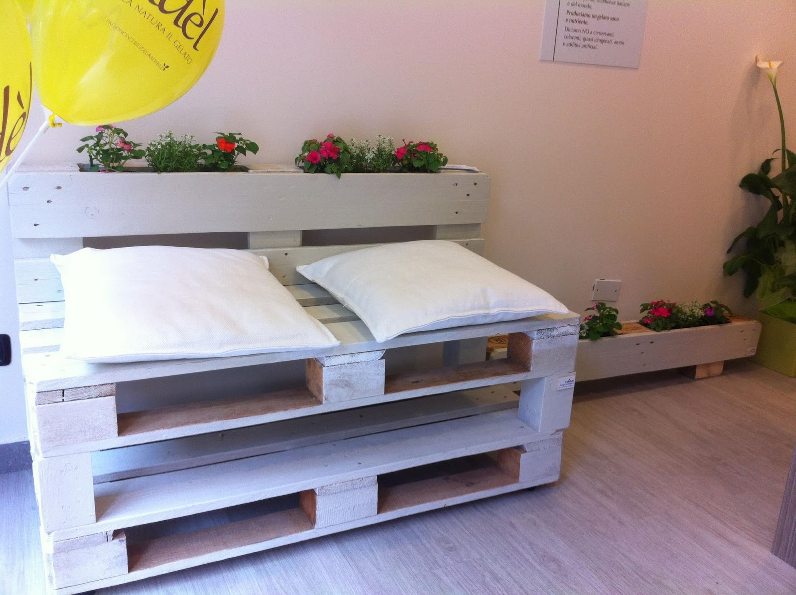 Idea design ecologico panca ad l for Panca pallets