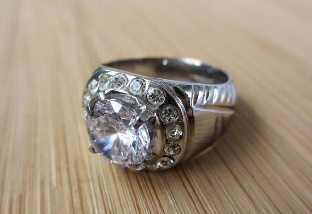 Batu Akik Kuarsa Kristal Bening