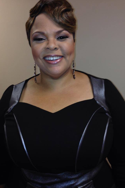 Tamela Mann's Beautiful Smile Right Before The 2013 Dove Awards...I ...