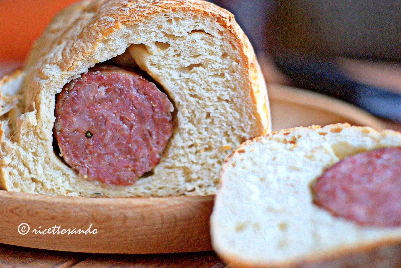Cotechino in crosta di pane ricetta di pane farcito