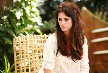 Penelope Cruz Hair, Long Hairstyle 2013, Hairstyle 2013, New Long Hairstyle 2013, Celebrity Long Romance Hairstyles 2031