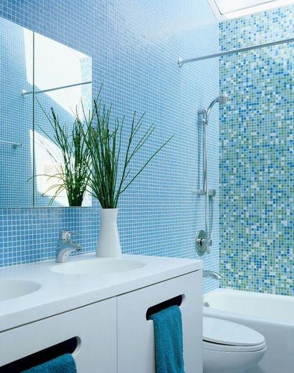 inspirasi desain kamar mandi yang colorfull
