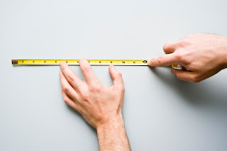measuring with a measuring tape