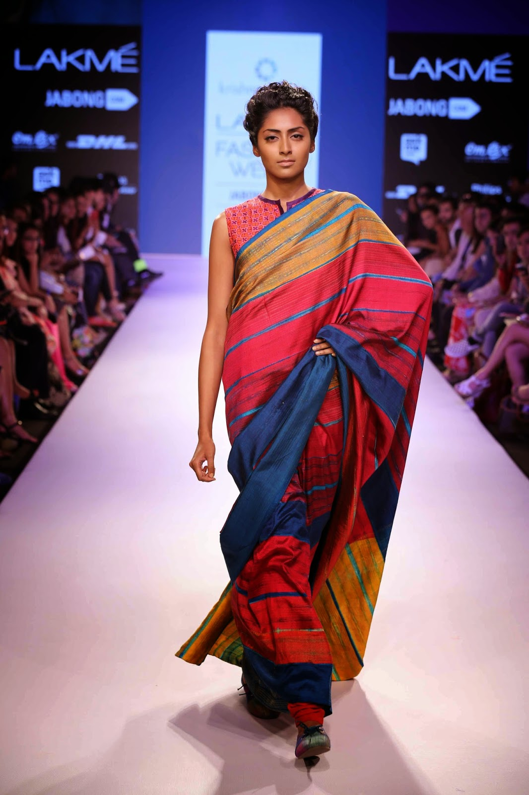 http://aquaintperspective.blogspot.in/ LIFW Day 1 Krishna Mehta