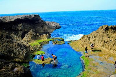 SPESIAL Wisata di Tulungagung - Pantai Kolam Kedung Tumpang