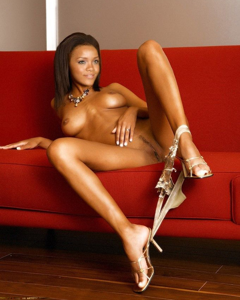 Excellent Naked pics of rhianna