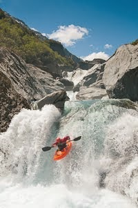 Cover image of the NZ whitewater guidebook 2014!