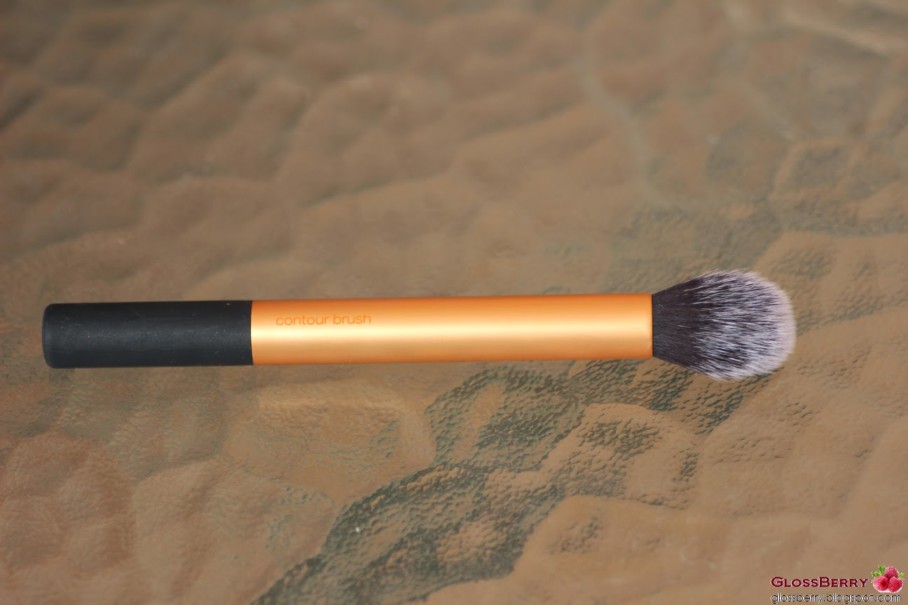 contour brush real techniques מברשת סומק ברונזר היילטר ריל טכניקס real techniques highlighter bronzing brush