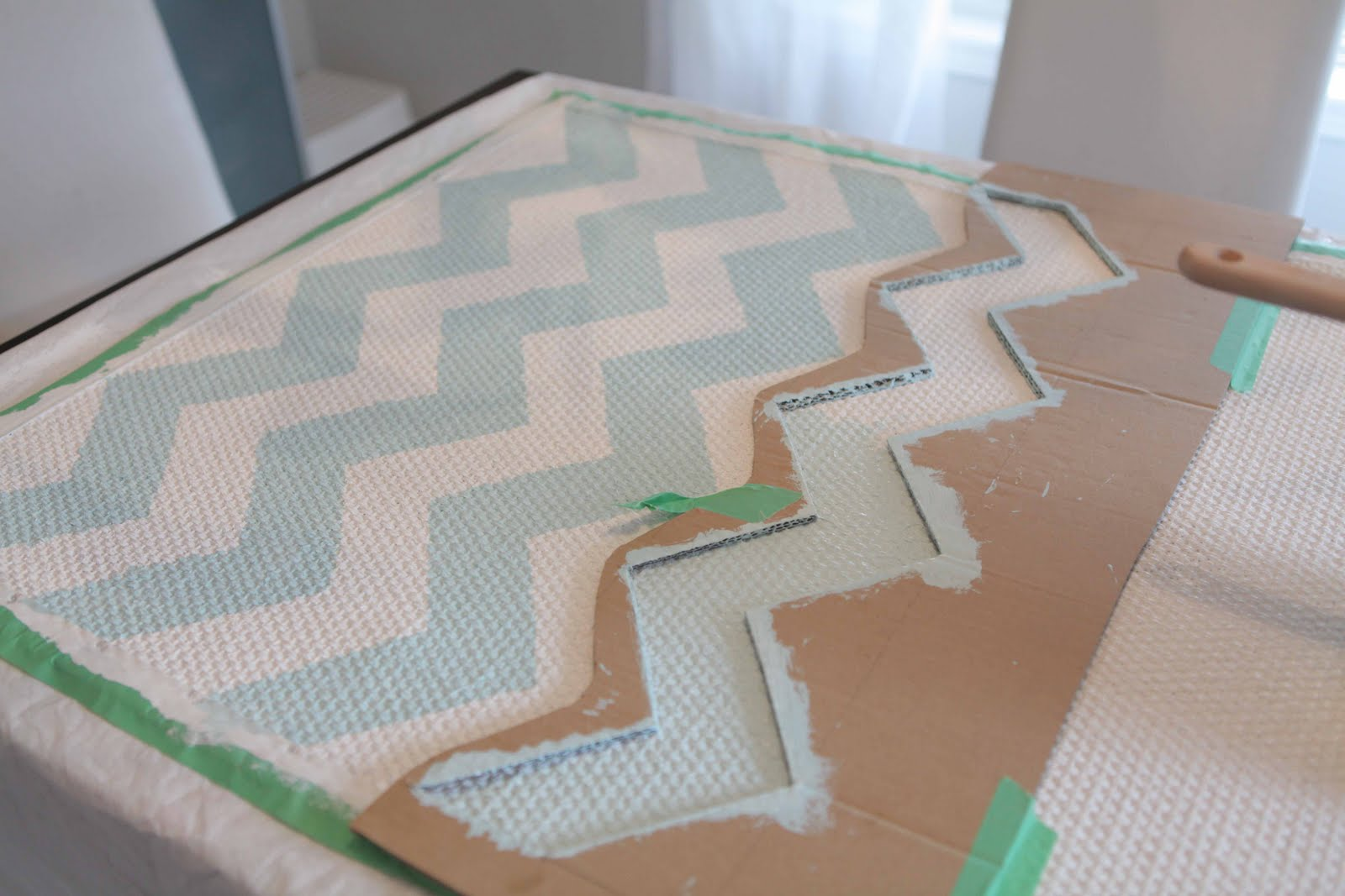 Beach house in the city chevron rug diy for Chevron template for painting