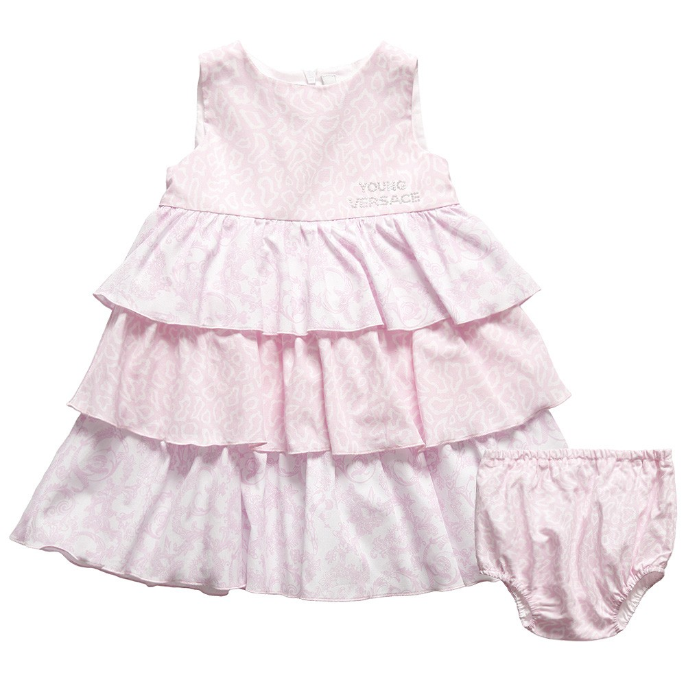 ... can see with Baby Dior's designs. Case in point: this girly pink dress.
