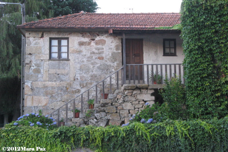 Granite-walled house in Arouca