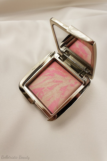 Hourglass Luminous Flush Ambient Lighting Blush spring 2014 in studio lighting