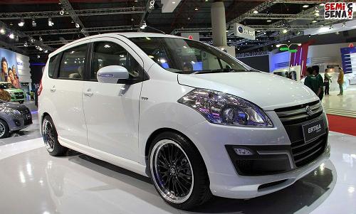 Suzuki Ertiga GL M/T Pearl White
