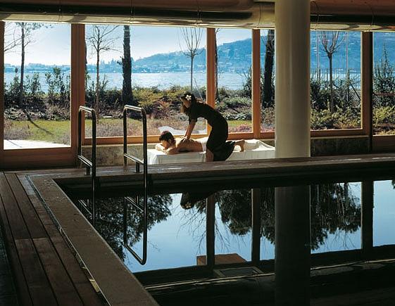 Solo turismo alternativo il cocca hotel sarnico bg for Cabine dell hotel di yellowstone del lago
