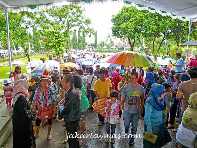 Paraguas en el Borobudur