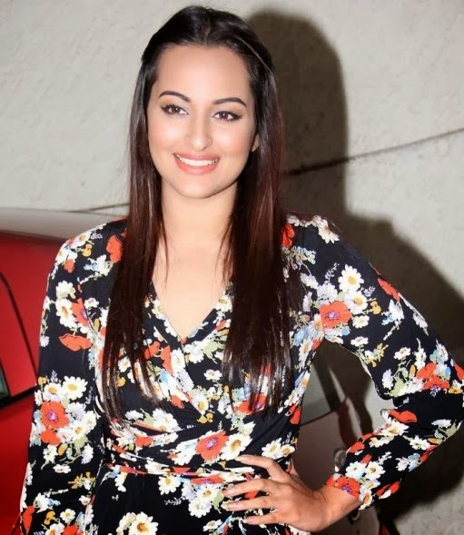 Sonakshi at 'Queen' movie Special screening