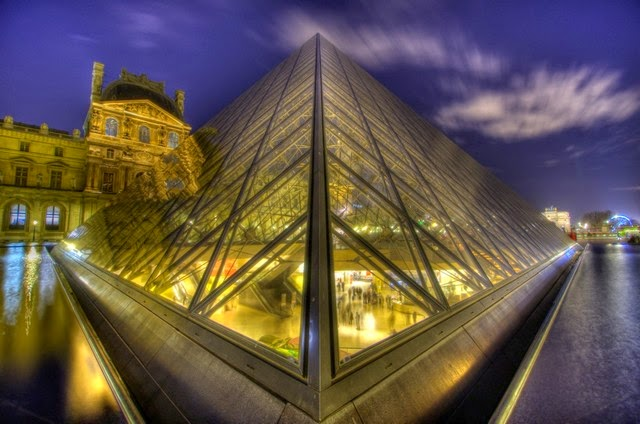 31. Louvre Museum (Paris, France)