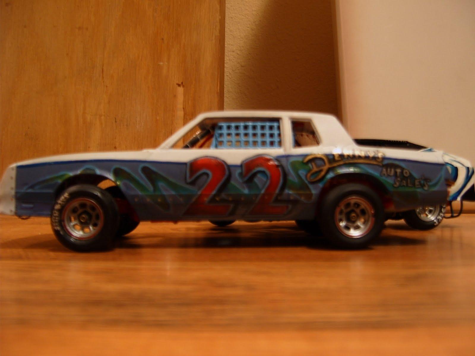 Building 1 24 Dirt Track Models