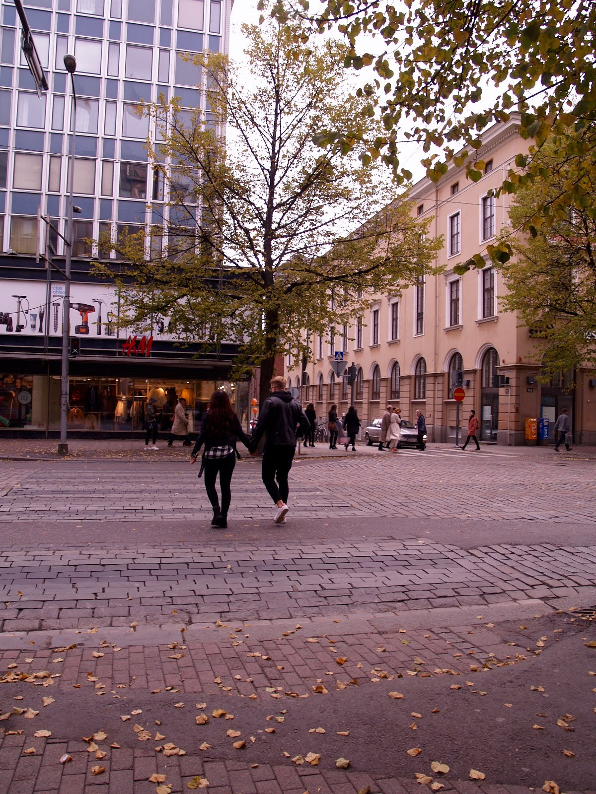 Autumn Let S Take A Walk Through The Beautiful Tampere City My