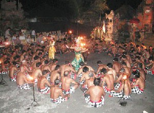 balinese art, Balinese dance, Kecak dance, holiday in Bali, vacation in Bali, adventure in Bali, fire dance, tanah lot, pura Uluwatu, sunset in bali