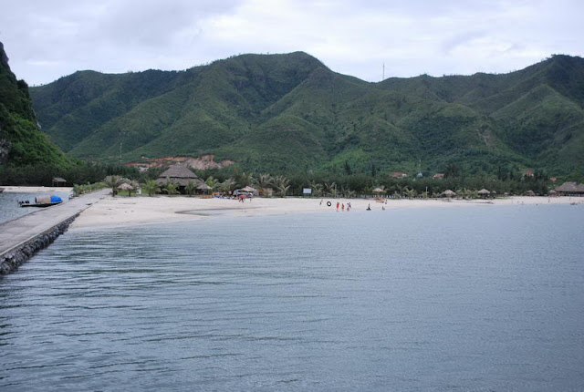 Baie d'Bai Tu Long, Quang Ninh