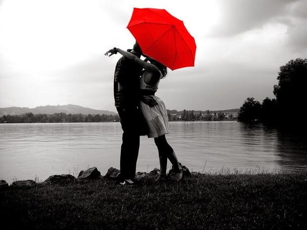 hình nền cặp đôi hôn nhau say đắm