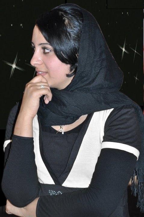 Farzana Naz Afghan Beautiful Singer Latest Gallery During