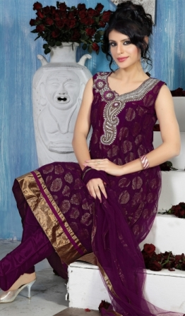Salwar-Kameez-Embroidery