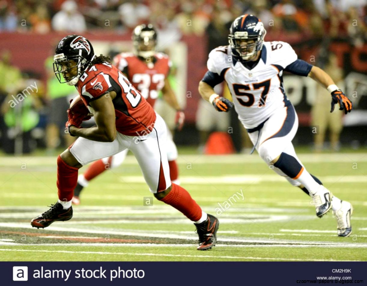 Epa03401274 Atlanta Falcons Wide Receiver Roddy White l Runs