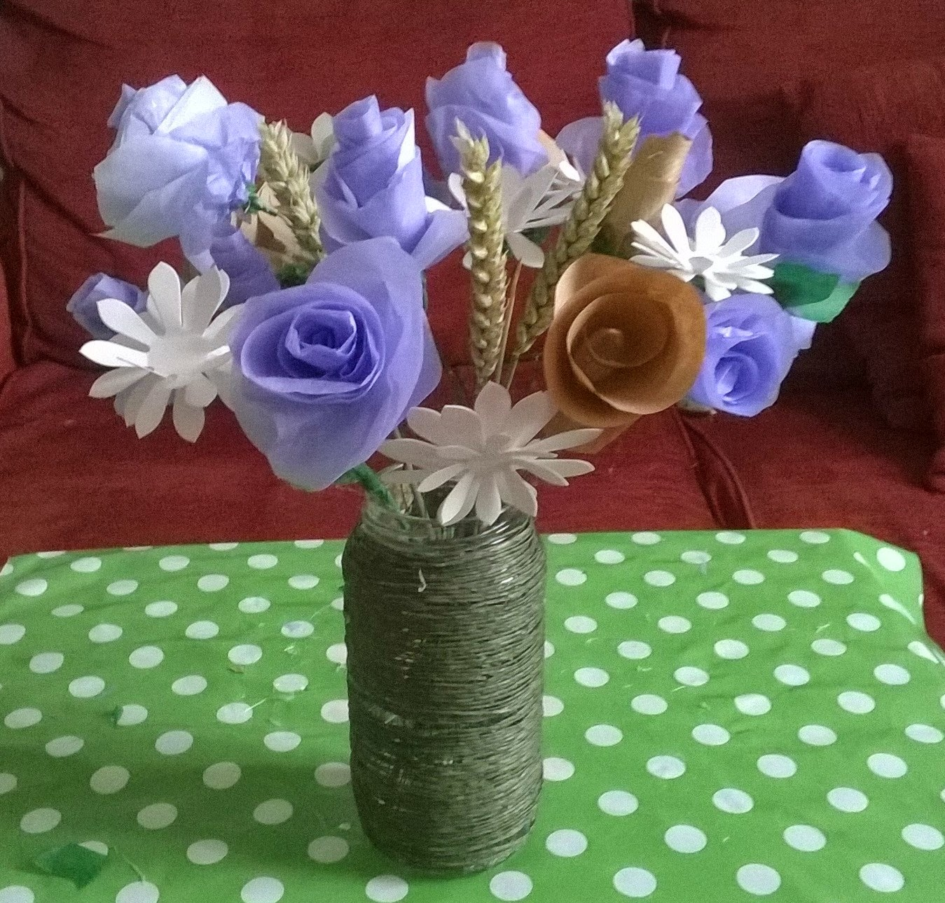 Big blue bed a country paper flower bouquet tutorial i am fortunate indeed to be one of only three bloggers to participate in the country baskets paper bouquet competition lucky lucky me got to shop in their izmirmasajfo