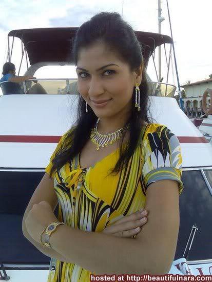 Artis, gambar, Hiburan, pelakon, selebriti, sensasi, Yasmin Khilaf,