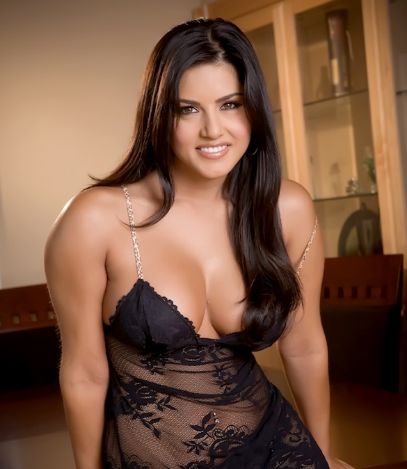 Sunny Leone New Hot N Sey Wallpapers Free Download