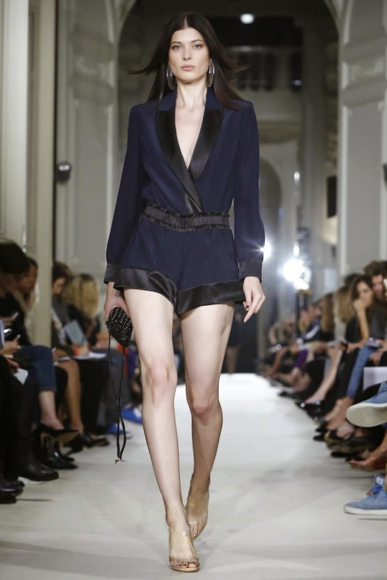 Alexis Mabille spring summer 2015, Alexis Mabille ss15, Alexis Mabille, Alexis Mabille ss15 pfw, Alexis Mabille pfw, pfw, pfwss15, pfw ss15, pfw2014, fashion week, new york fashion week, du dessin aux podiums, dudessinauxpodiums, vintage look, dress to impress, dress for less, boho, unique vintage, alloy clothing, venus clothing, la moda, spring trends, tendance, tendance de mode, blog de mode, fashion blog,  blog mode, mode paris, paris mode, fashion news, designer, fashion designer, moda in pelle, ross dress for less, fashion magazines, fashion blogs, mode a toi, revista de moda, vintage, vintage definition, vintage retro, top fashion, suits online, blog de moda, blog moda, ropa, asos dresses, blogs de moda, dresses, tunique femme,  vetements femmes, fashion tops, womens fashions, vetement tendance, fashion dresses, ladies clothes, robes de soiree, robe bustier, robe sexy, sexy dress