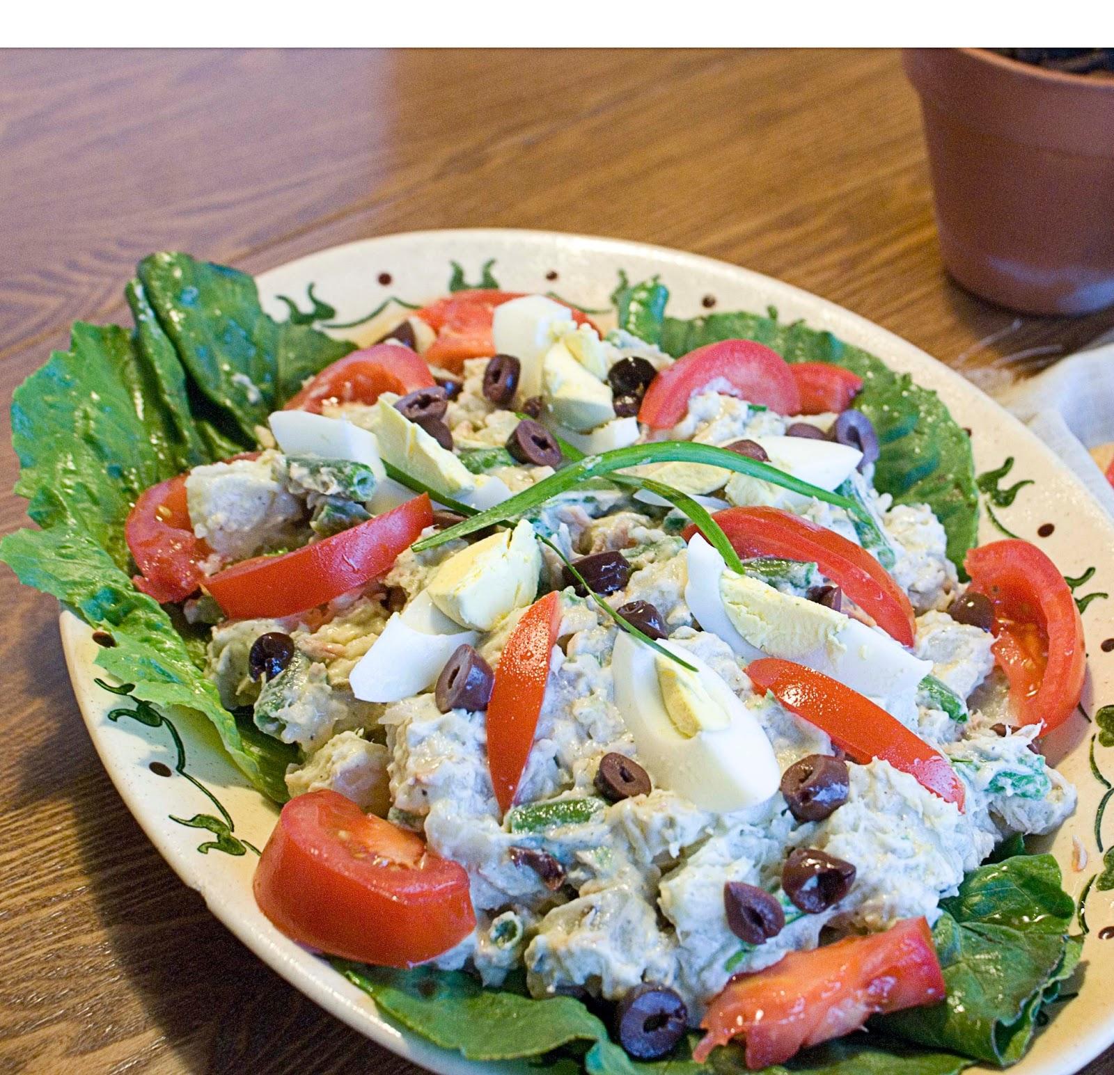 The Hungry Lovers: Pesto Potato Salad Nicoise